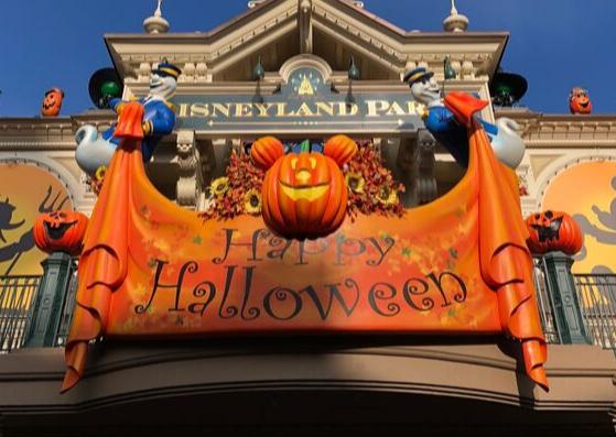 Disneyland Paris Bucket List: Halloween Edition